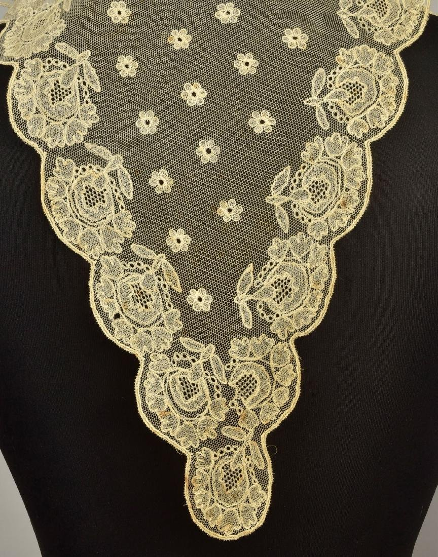 FOUR LADIES' EMBROIDERED CREAM NET ACCESSORIES, 1790 - - 4