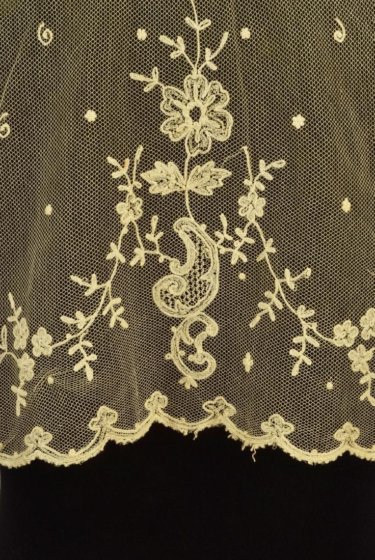 FOUR LADIES' EMBROIDERED CREAM NET ACCESSORIES, 1790 - - 5