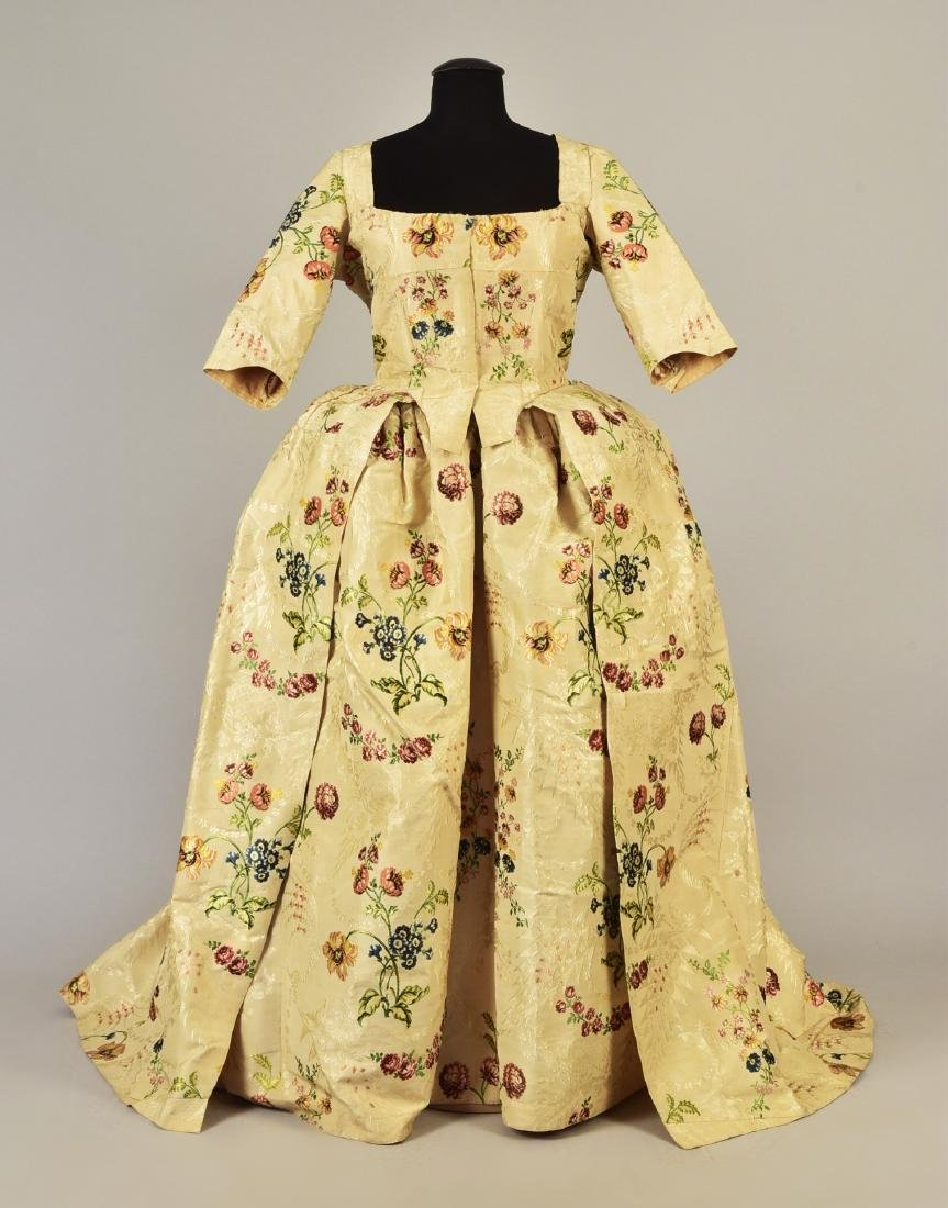 SPITALFIELDS SILK OPEN GOWN and PETTICOAT, 1780