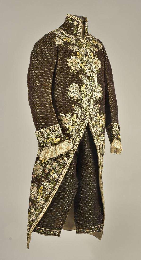 FIGURED VELVET 2-PIECE COURT SUIT, 1780 - 1810