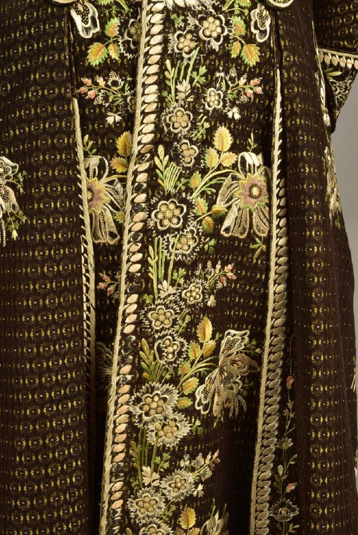 FIGURED VELVET 2-PIECE COURT SUIT, 1780 - 1810 - 3