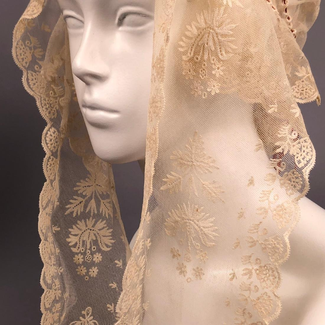 THREE FANCY WHITE INDOOR BONNETS, 1830s - 1840s - 3