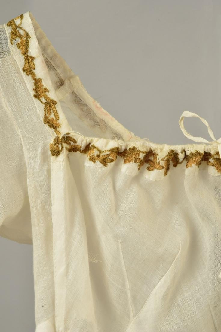 UNUSUAL MUSLIN DRESS with PALM TREE EMBROIDERY, 1805 - 3