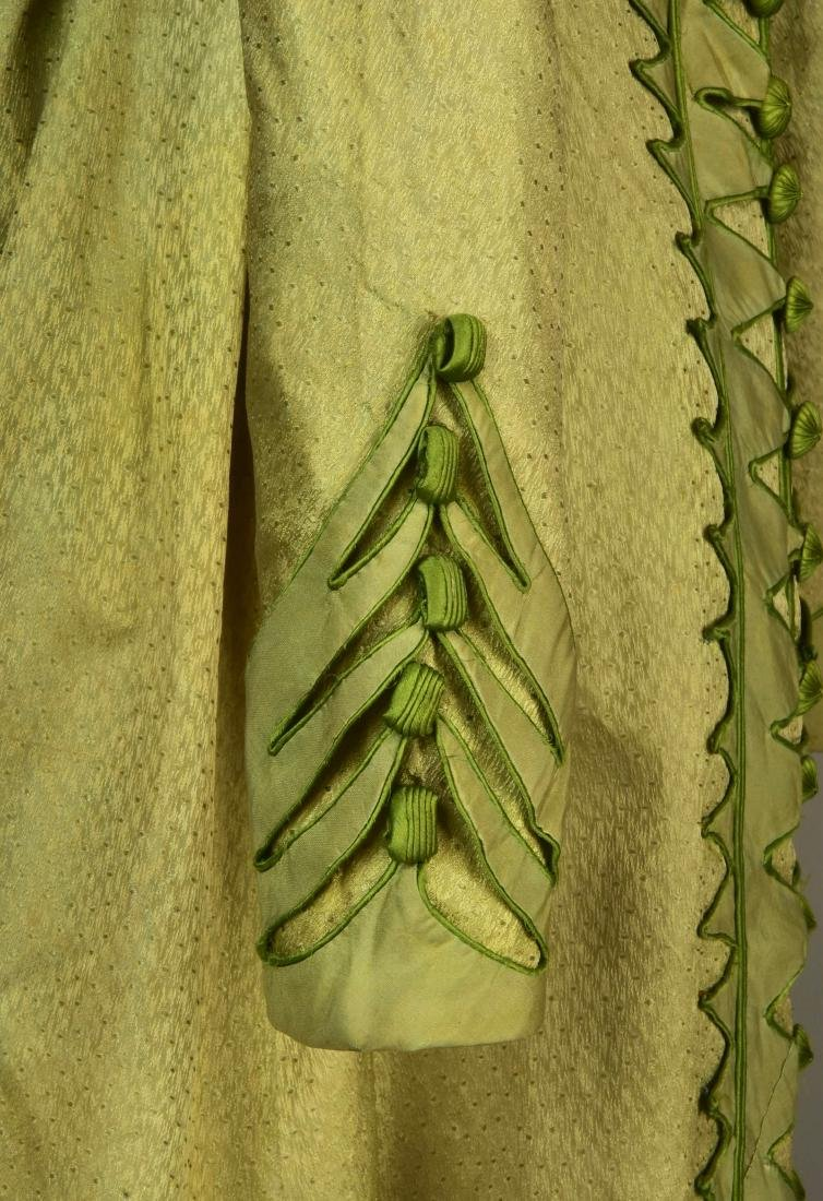 NILE GREEN FIGURED SILK PELISSE, 1815 - 3