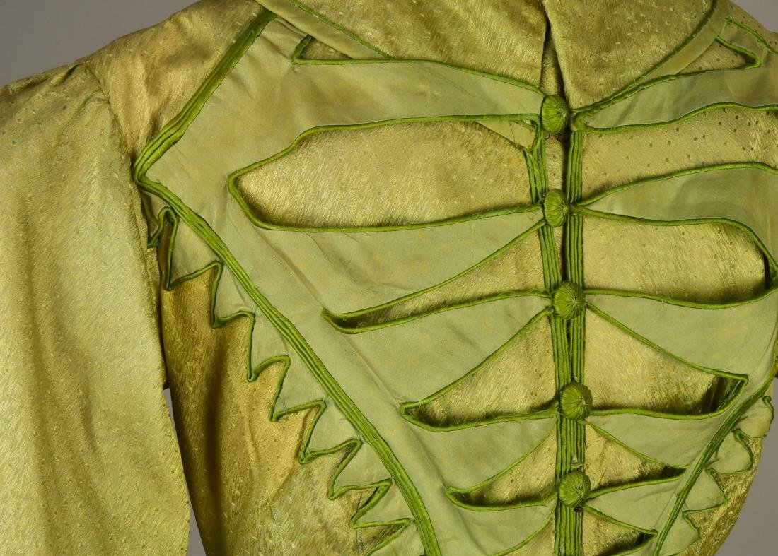 NILE GREEN FIGURED SILK PELISSE, 1815 - 4