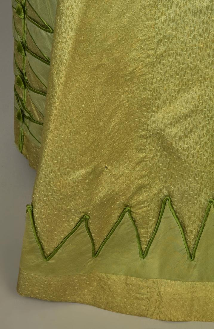 NILE GREEN FIGURED SILK PELISSE, 1815 - 5