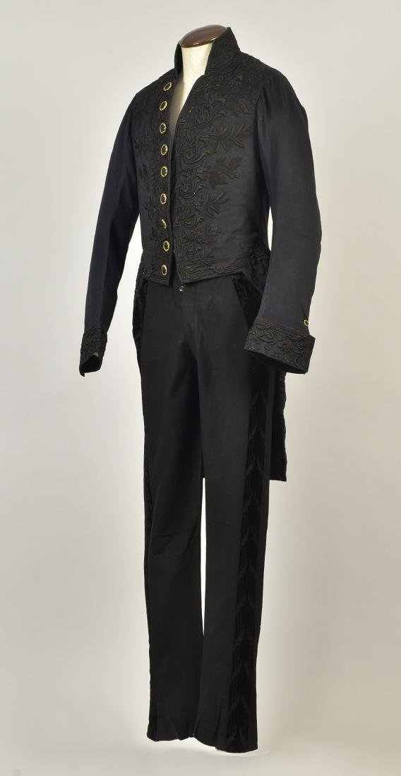 GENTLEMAN'S EMBROIDERED WOOL TAILCOAT, c. 1835