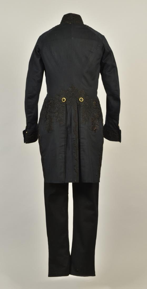 GENTLEMAN'S EMBROIDERED WOOL TAILCOAT, c. 1835 - 2