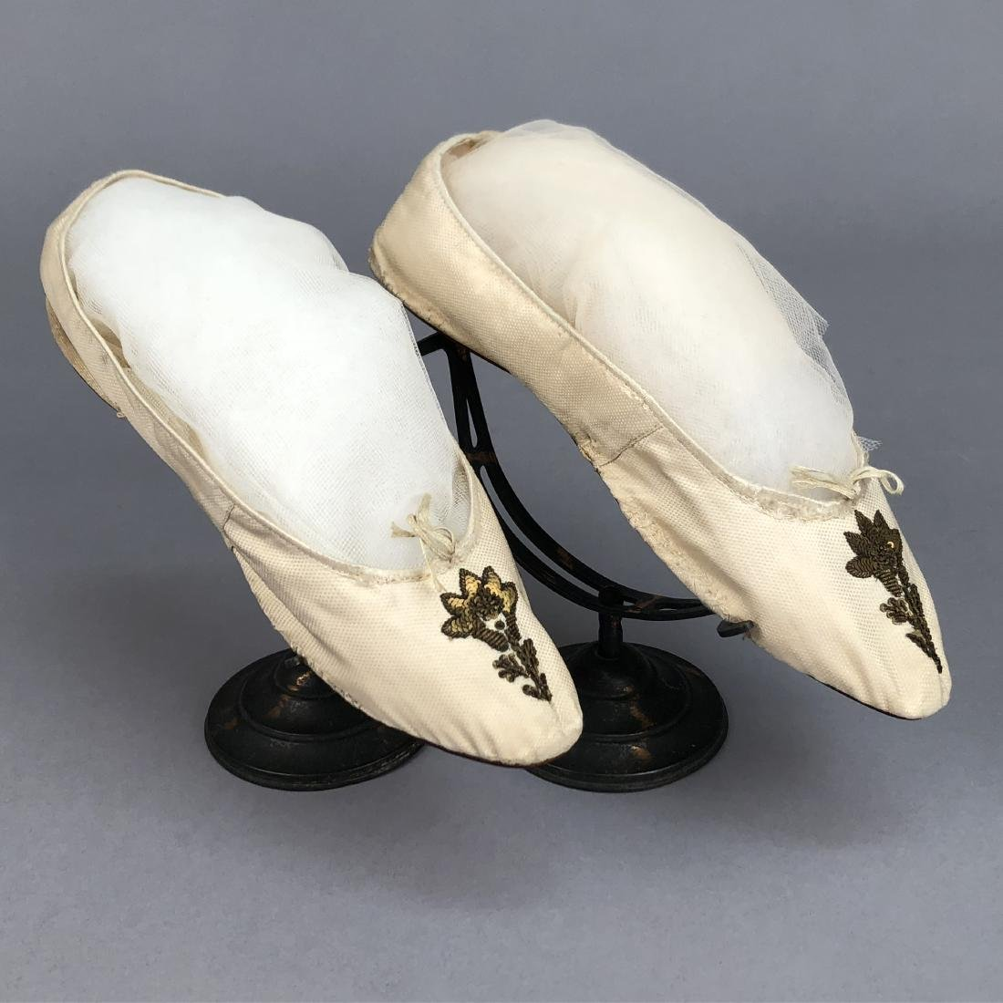 FIGURED SILK SHOES with METALLIC EMBROIDERY, c. 1800