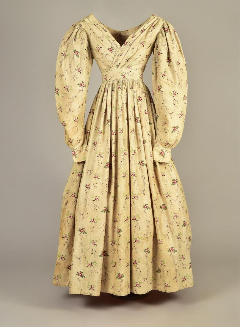 FLORAL PRINTED COTTON DRESS with IMBECILE SLEEVES, 1830