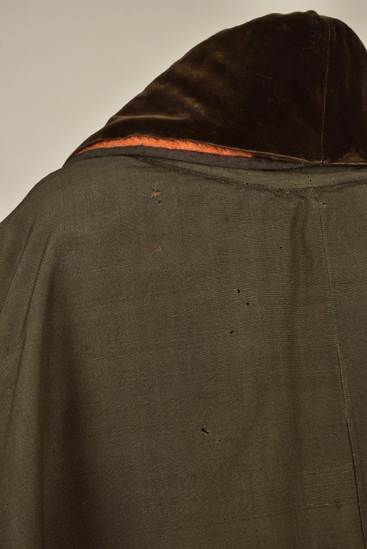 GENTLEMAN'S ALPACA CAPE, 1840s - 3