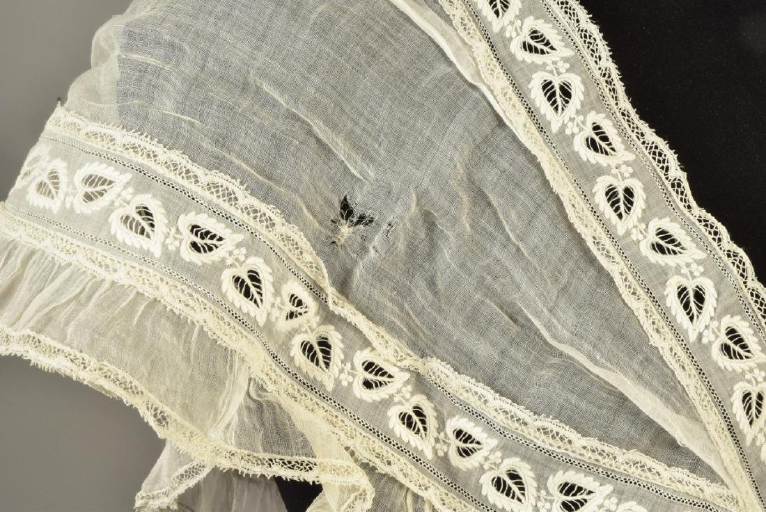 TIPPET and LACE SHAWL, MID 19th C - 3