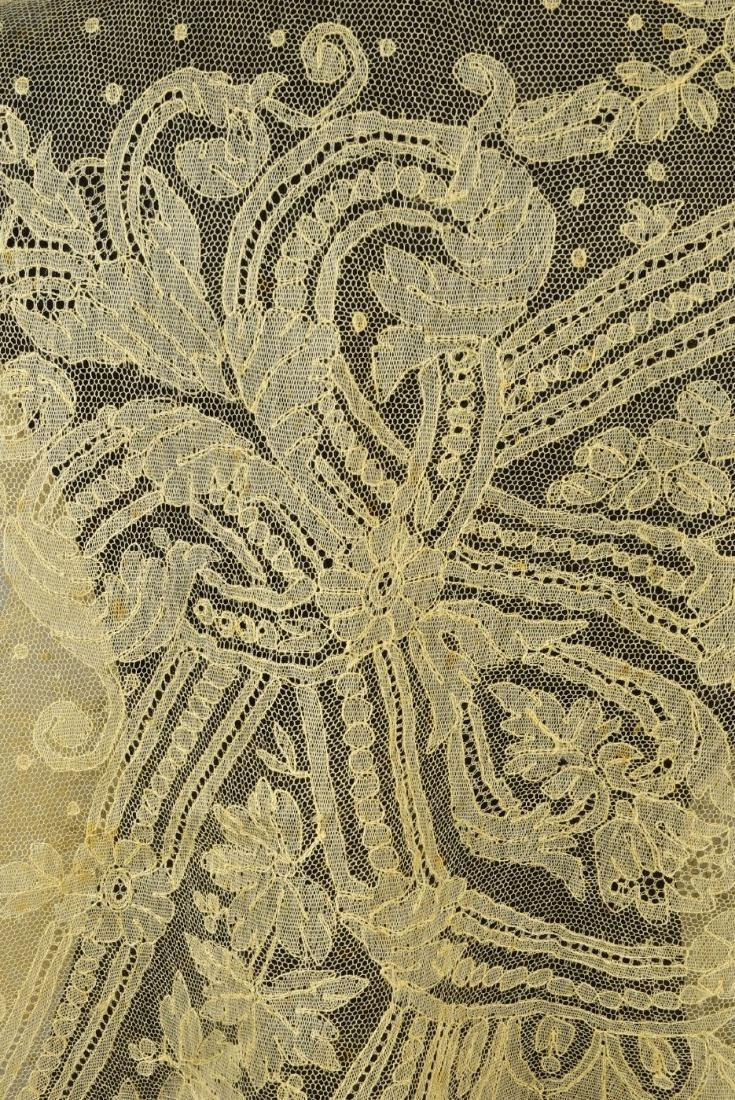 BLONDE CALAIS LACE SHAWL, 1860s - 3