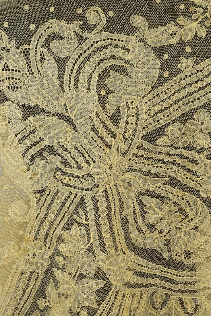 BLONDE CALAIS LACE SHAWL, 1860s - 3