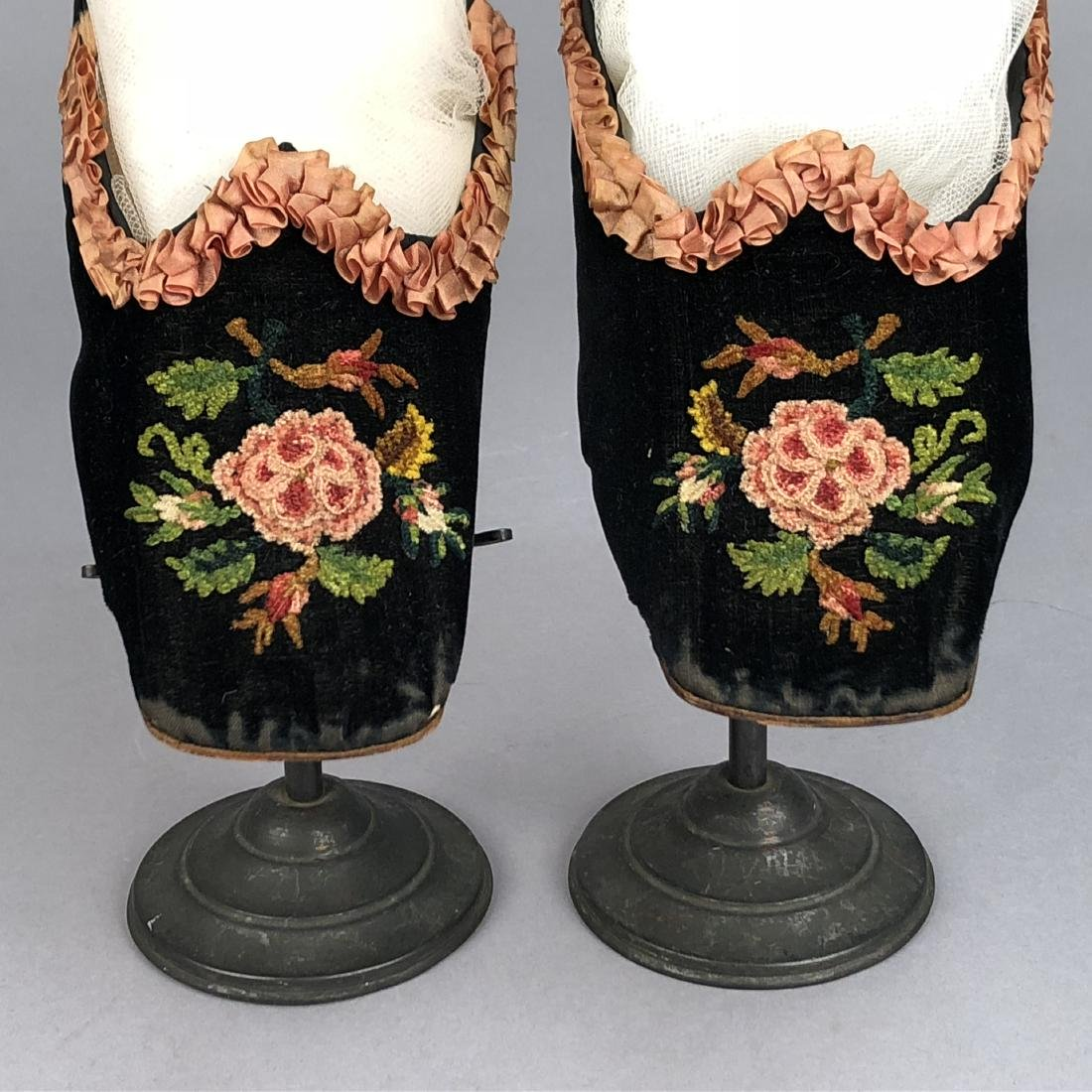VELVET SLIPPERS with CHENILLE EMBROIDERY, c. 1860 - 3