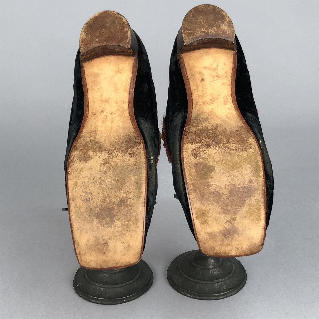 VELVET SLIPPERS with CHENILLE EMBROIDERY, c. 1860 - 5