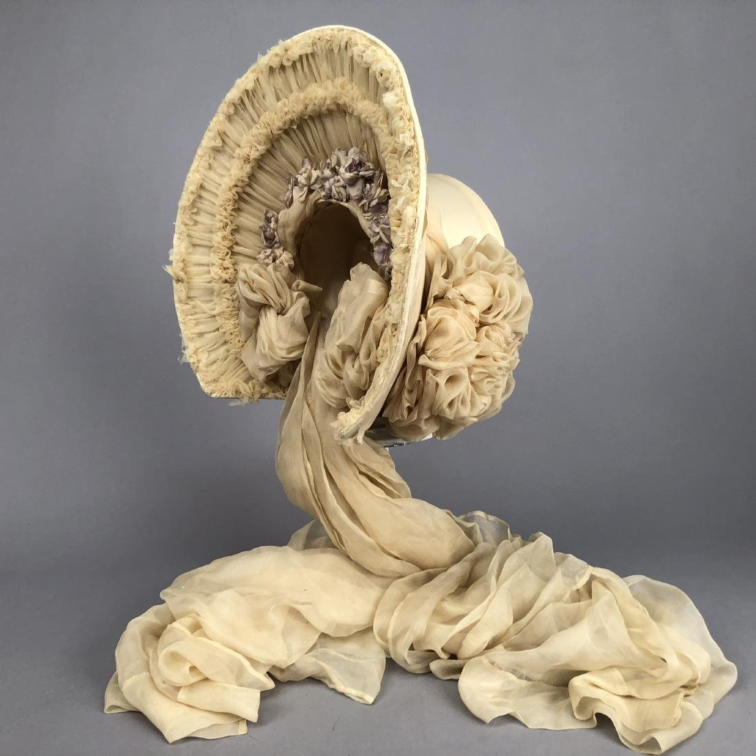 YOUNG LADY'S SATIN COVERED STRAW HAT, c. 1870 - 3