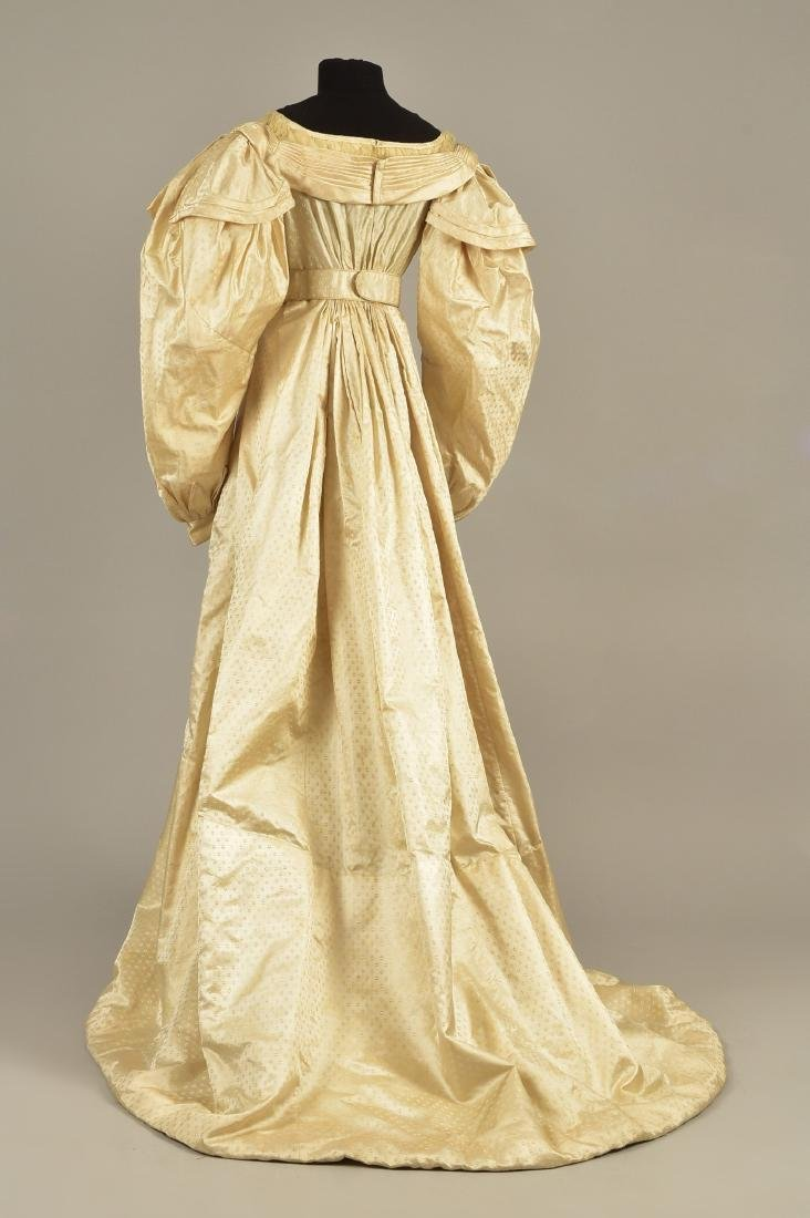 FIGURED SILK GOWN, PRINCESS LOUISE of PRUSSIA, c. 1825 - 2