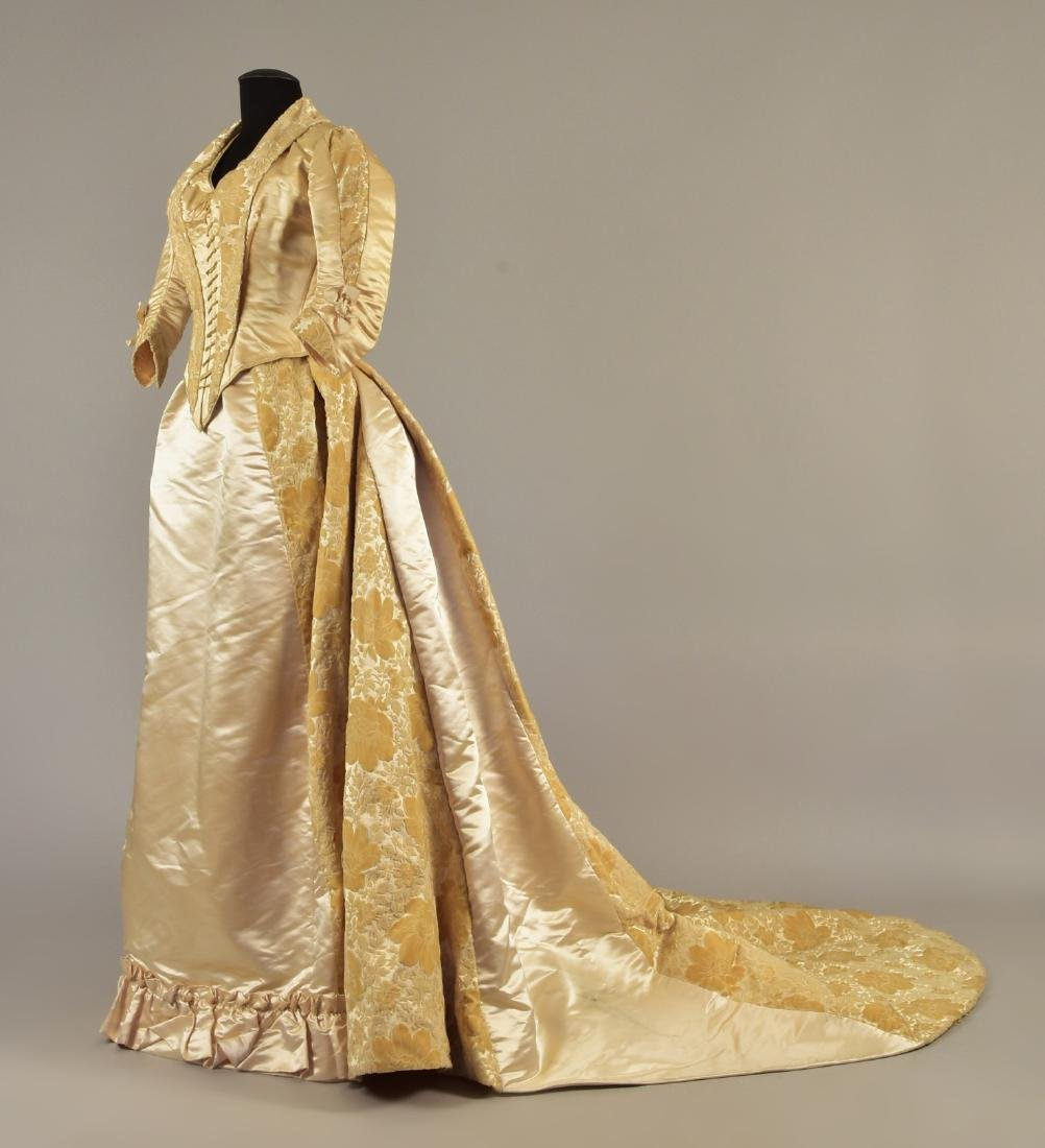 VOIDED VELVET GOWN with TWO BODICES, QUEEN LOUISE of
