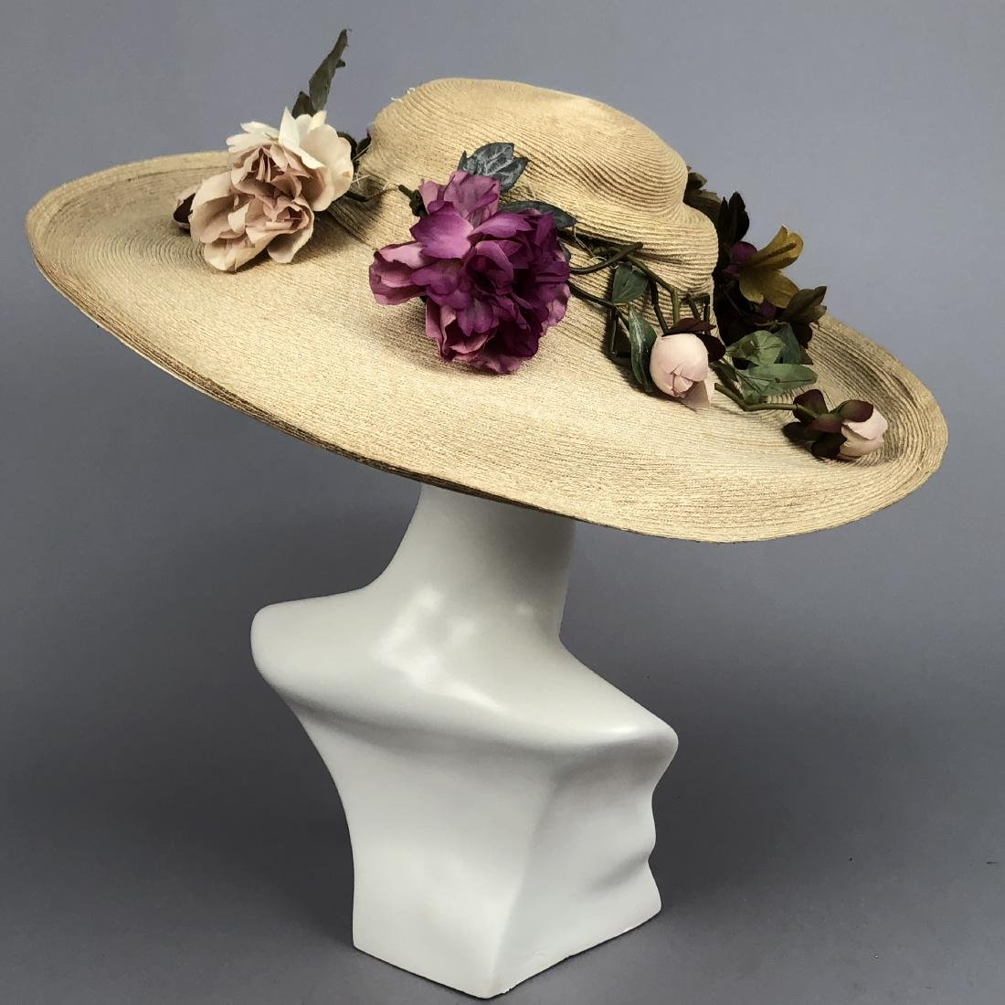 WIDE-BRIM STRAW HAT with PEONIES, QUEENS AUCTION, c. - 4