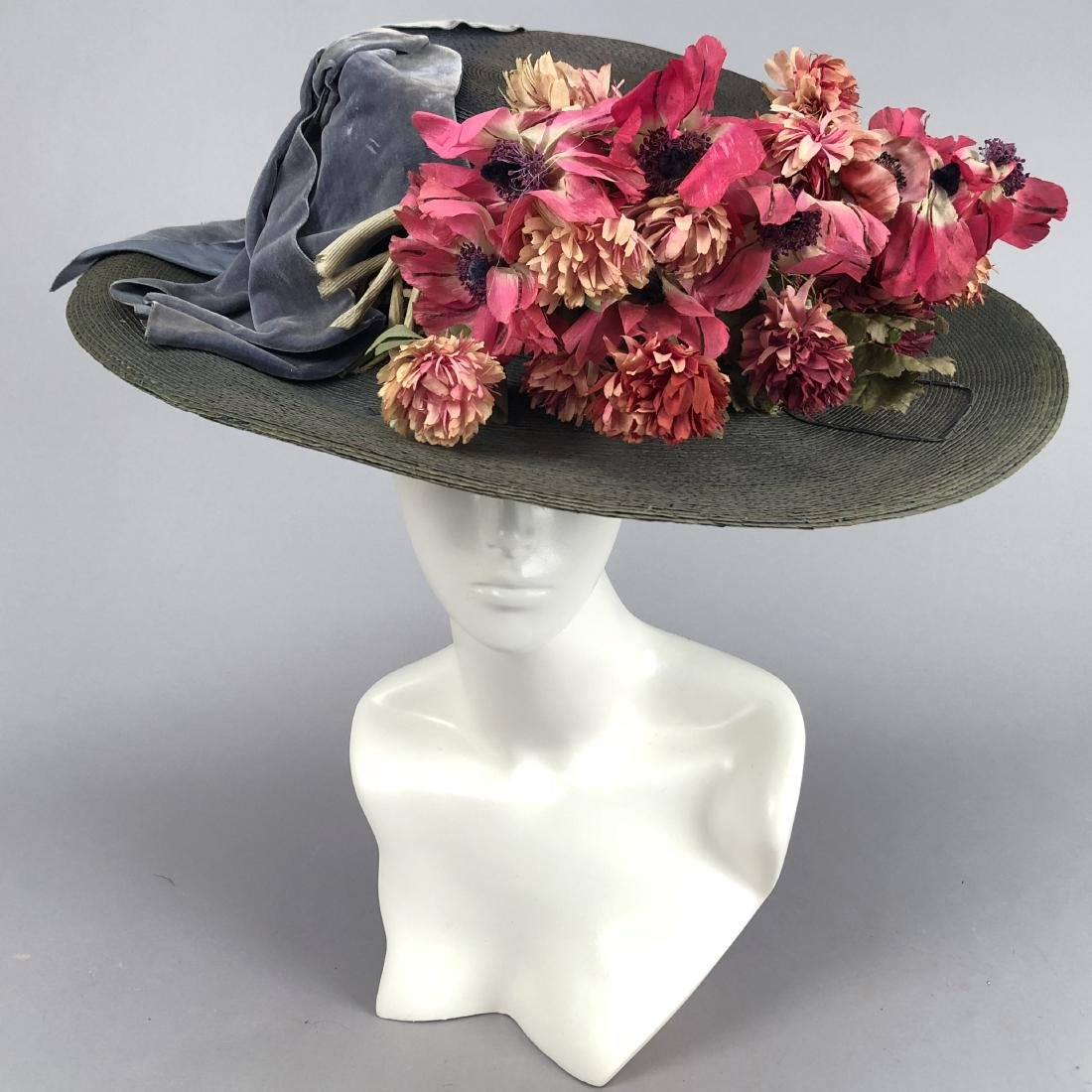 BLUE-GREY STRAW WIDE-BRIM HAT, QUEENS AUCTION, c. 1908 - 2