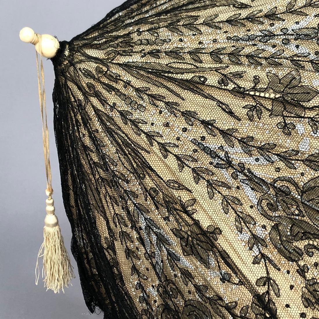 CHANTILLY LACE PARASOL, QUEEN VICTORIA, 1865 - 1875 - 2