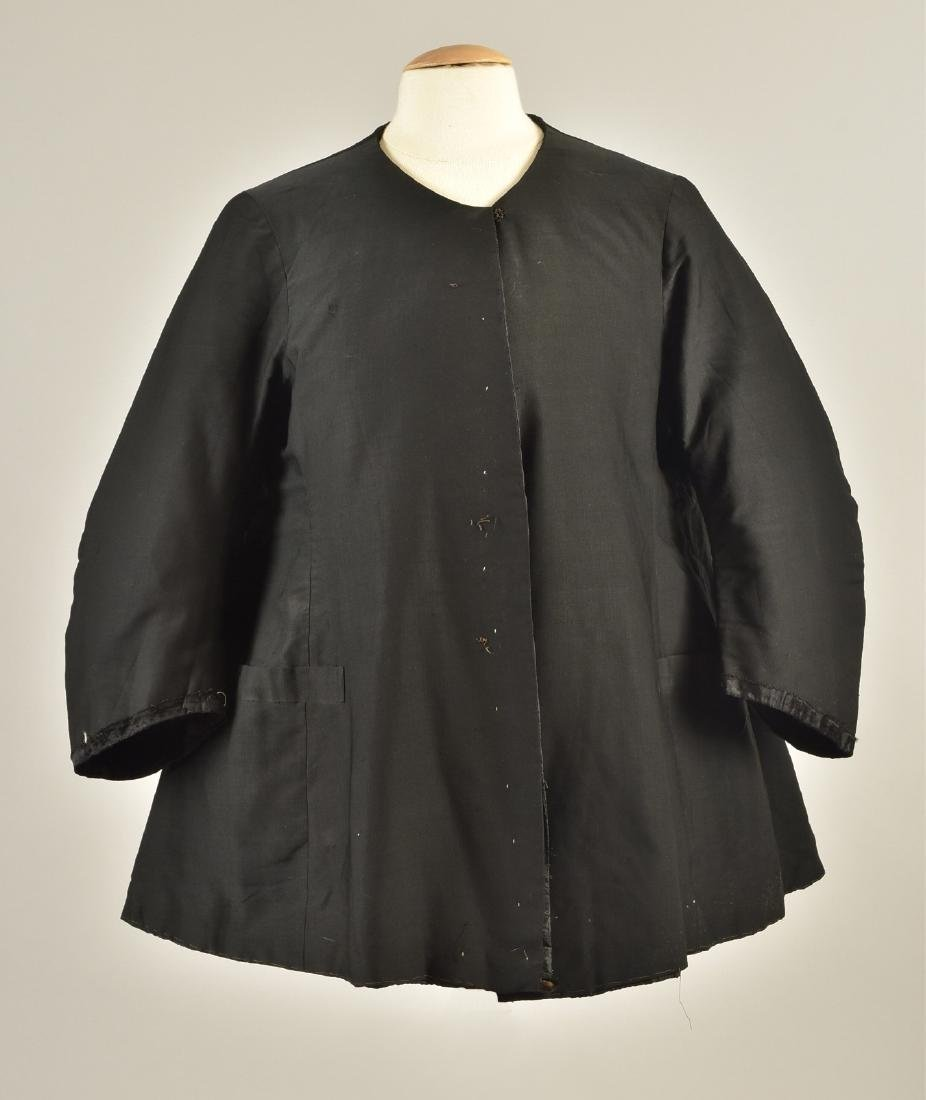 BLACK WOOL COAT, QUEEN VICTORIA, 1880s