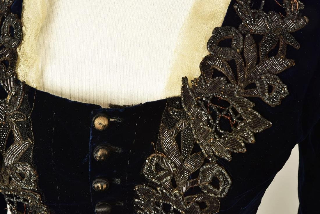 JET-BEADED VELVET ENSEMBLE, 1880s - 3