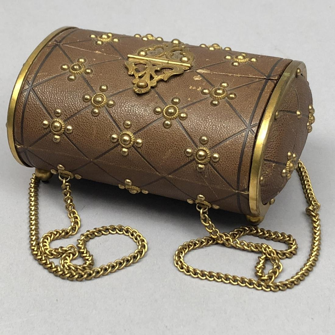 HINGED-LID LEATHER SEWING CASE, 1850 - 1870 - 3