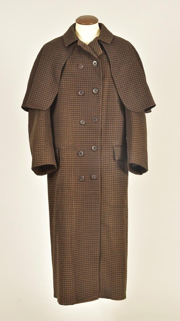 GENTLEMANS CHECKED WOOL COAT with ATTACHED CAPE, 1890s