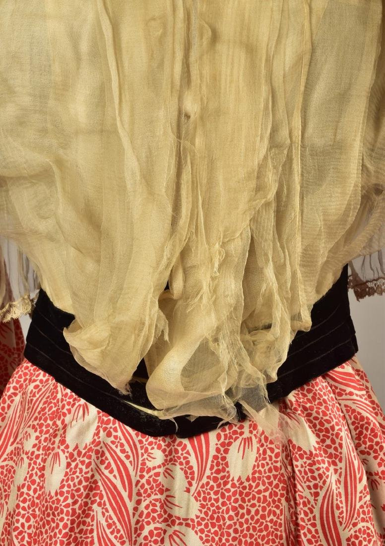 SILK FOULARD DRESS with LACE and VELVET, 1902 - 1903 - 3