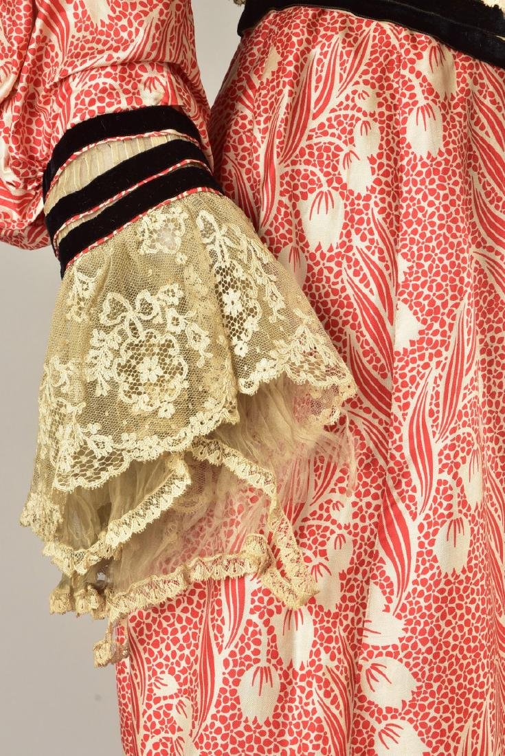 SILK FOULARD DRESS with LACE and VELVET, 1902 - 1903 - 4