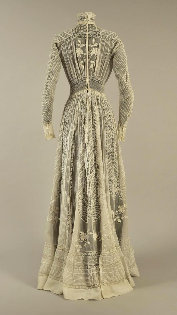 LAWN and LACE HIGH-NECK GOWN, 1905 - 2
