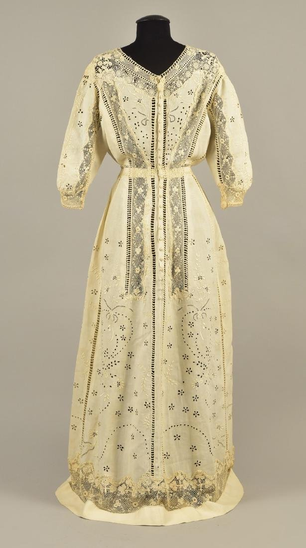 CUTWORK LINEN GOWN with IRISH CROCHET, 1908 - 1910 - 2