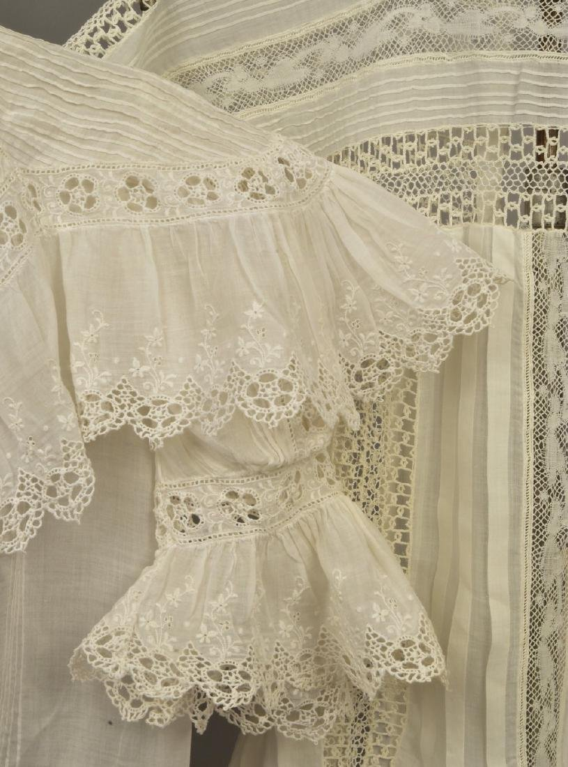 FOUR CHILDREN'S WHITE COTTON DRESSES, EARLY 20th C - 3