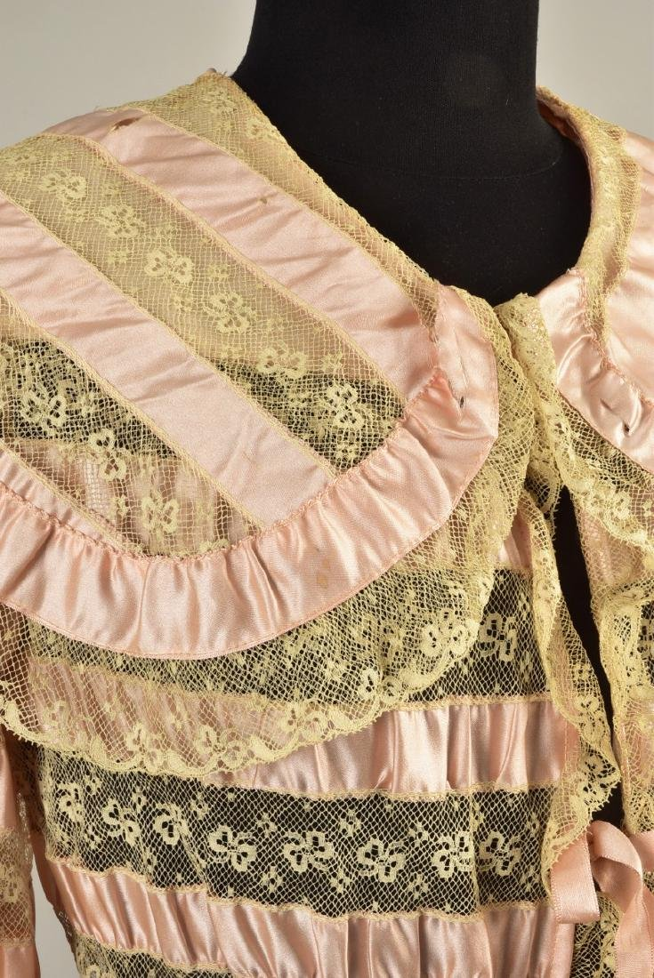 TRAINED RIBBON and LACE DRESSING GOWN, 1900 - 3
