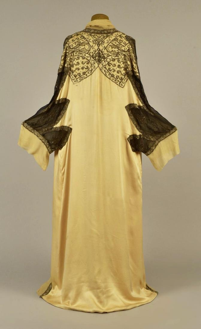 PAQUIN COUTURE BEADED SILK EVENING COAT, 1911