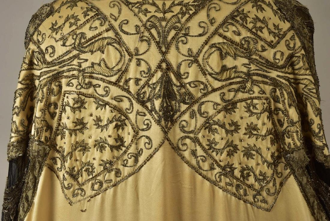 PAQUIN COUTURE BEADED SILK EVENING COAT, 1911 - 4