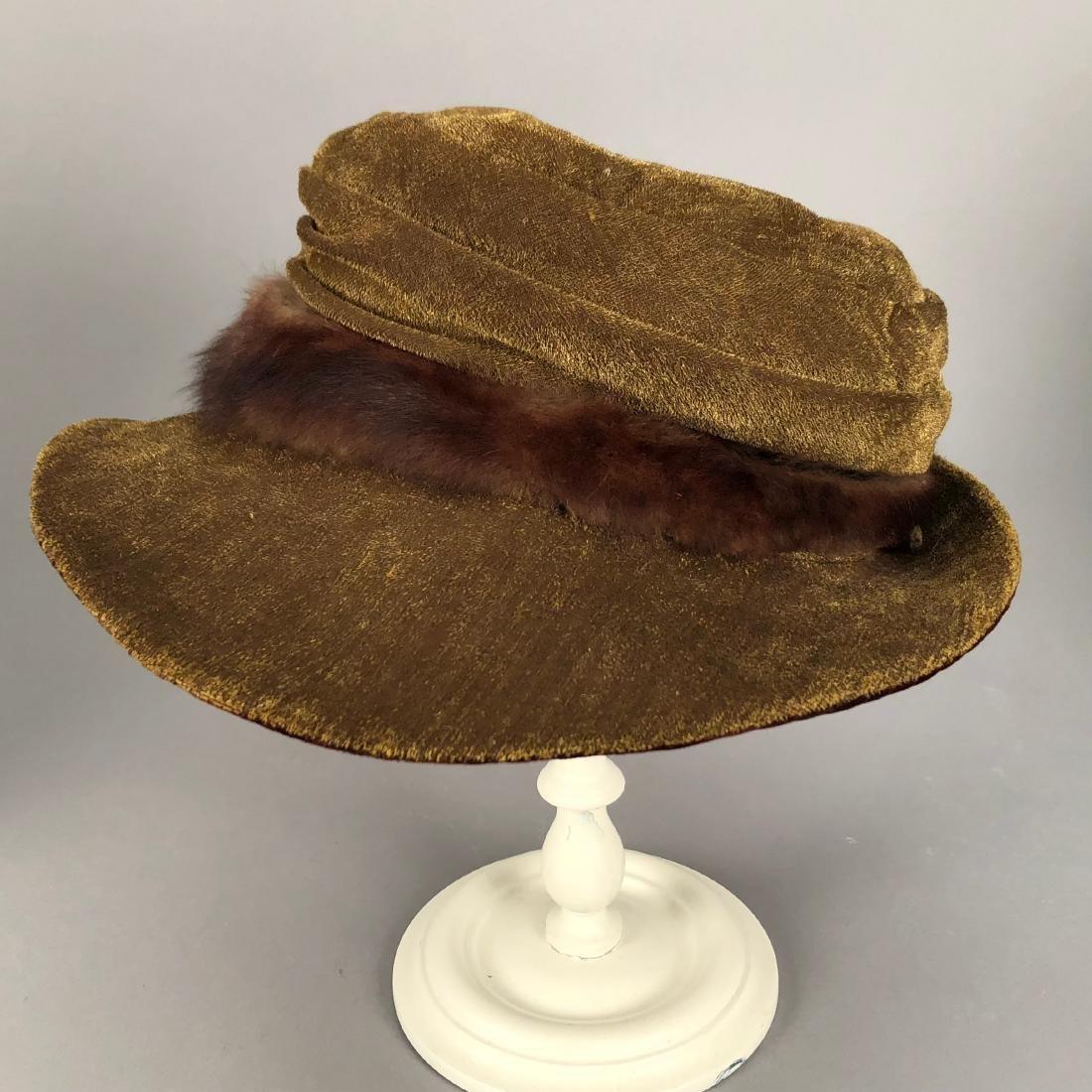 FOUR VELVET HATS, 1914 - 1918 - 3