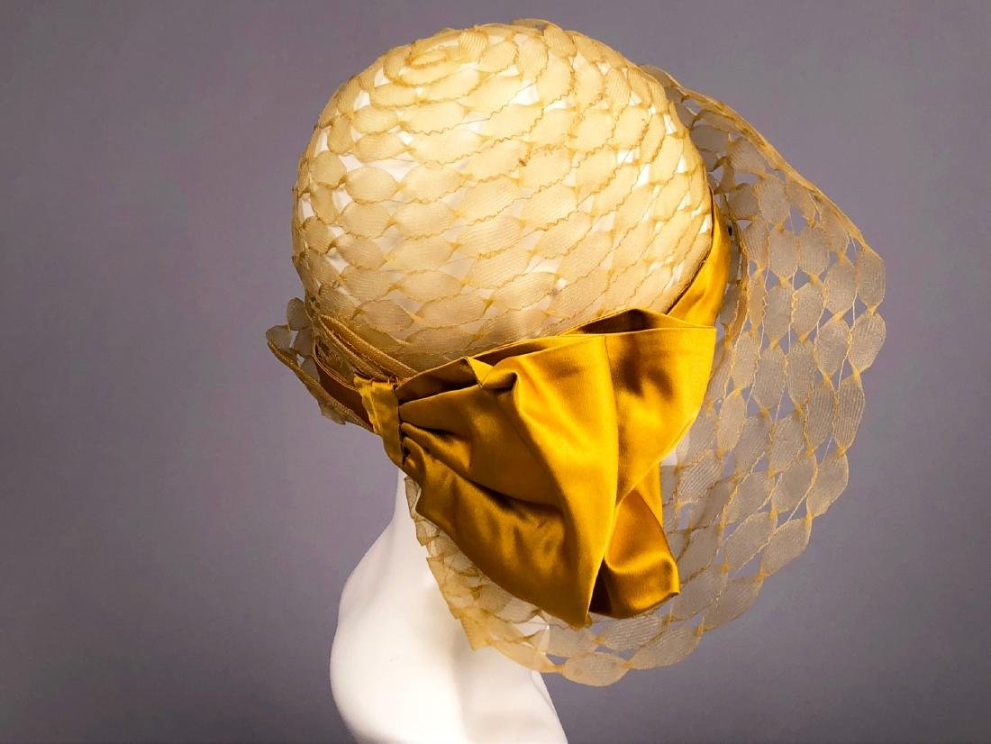 PARIS LABEL WIDE-BRIM HORSEHAIR CLOCHE, c. 1930 - 2