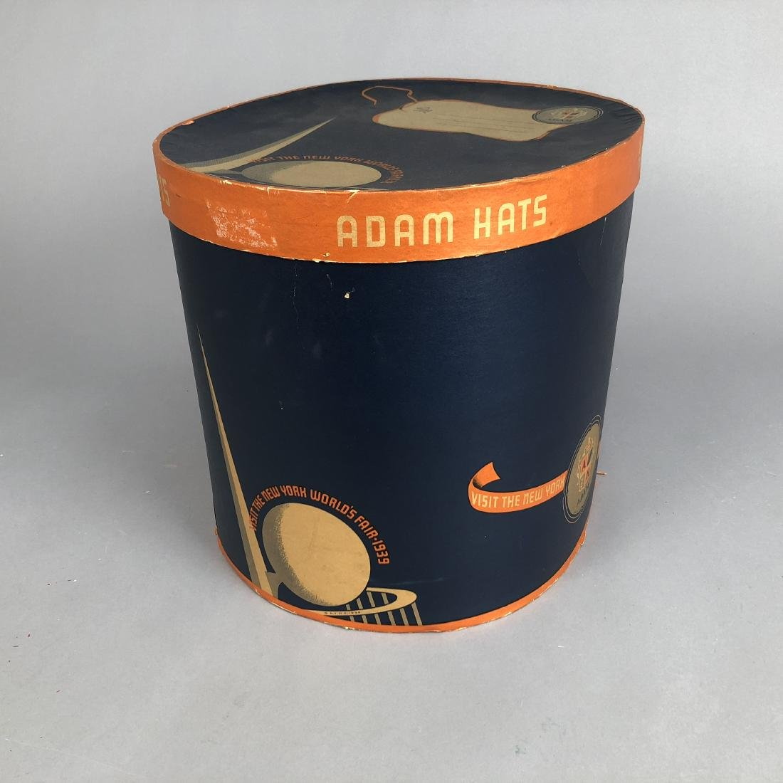 NEW YORK WORLD'S FAIR HAT BOX,  1939