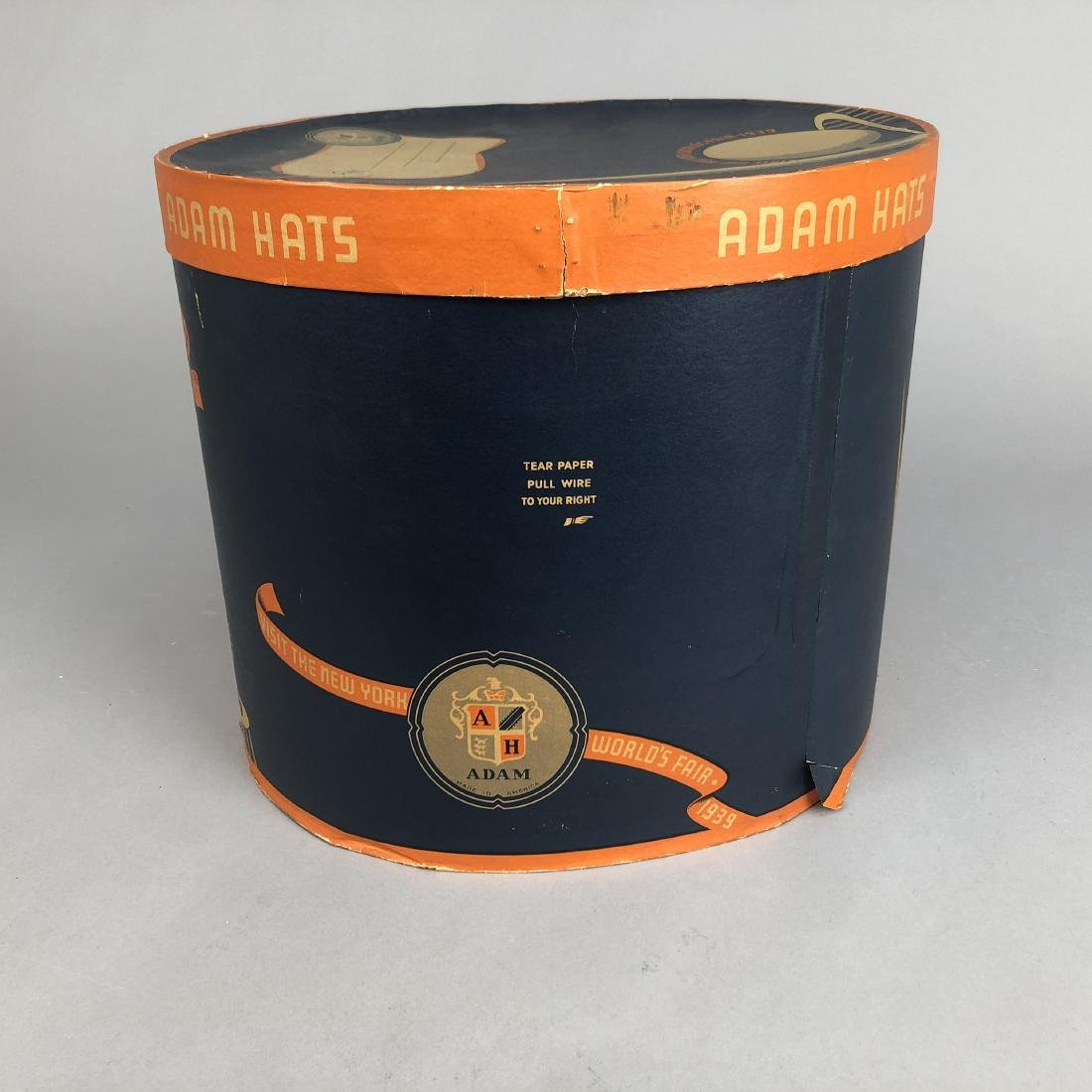 NEW YORK WORLD'S FAIR HAT BOX,  1939 - 4