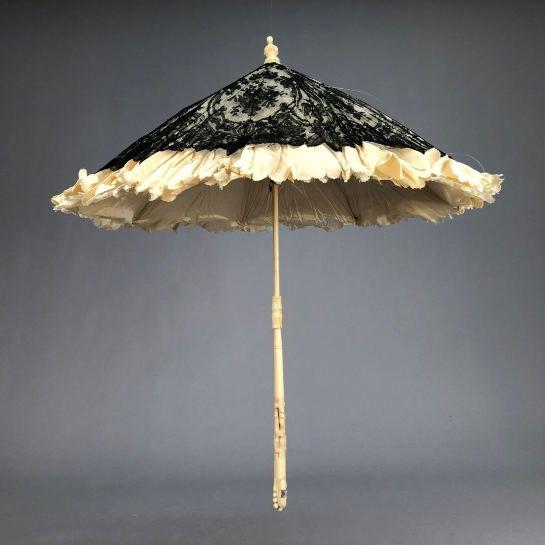 CHANTILLY LACE PARASOL with CARVED IVORY HANDLE