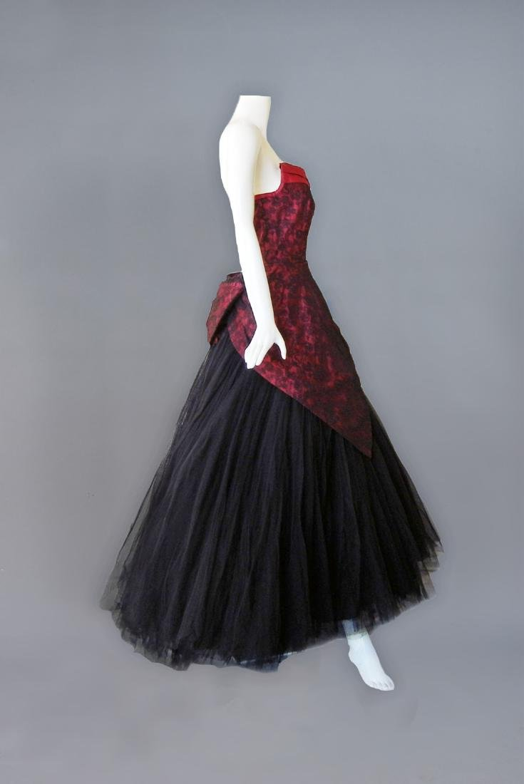 JACQUES HEIM COUTURE SILK and CHANTILLY LACE GOWN, c. - 2