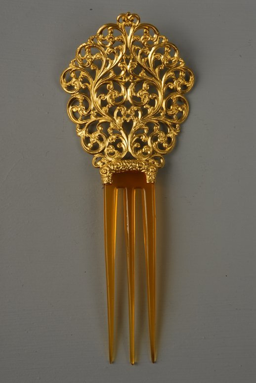 33: GOLD and CELLULOID HAIR ORNAMENT, 1890-1900 3-prong