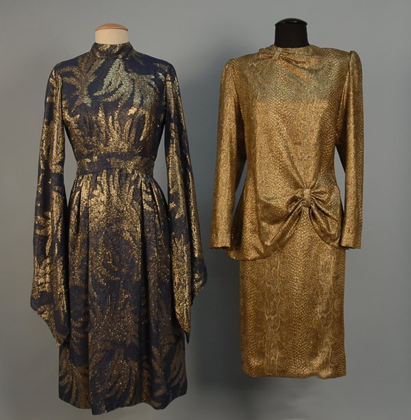 536: TRIGERE DRESS WITH EXAGGERATED BELL SLEEVES, 1960s