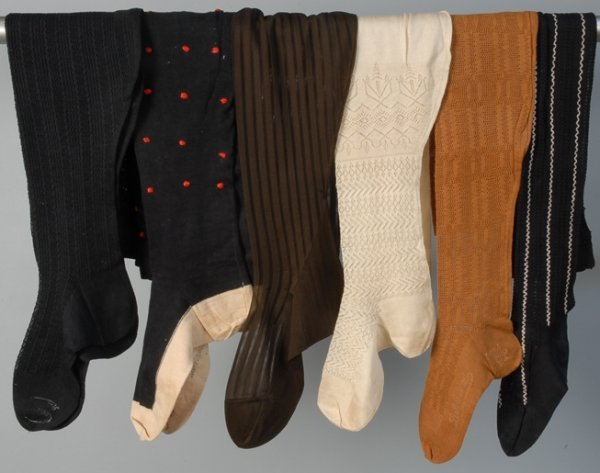 594: SIX PAIR LADIES' STOCKINGS, EARLY 20th C Four cott