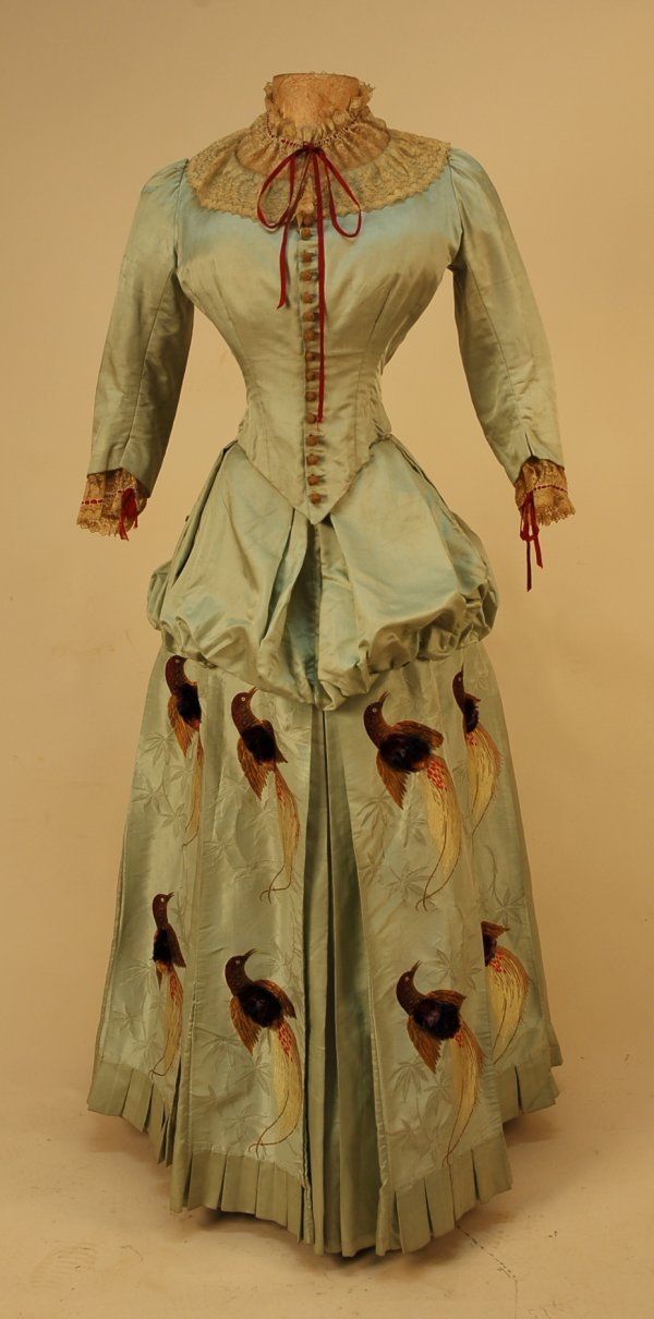 308: SILK BUSTLE DRESS with TUFTED BROCADE BIRDS, 1880'