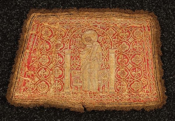 563: LATE BYZANTINE EMBROIDERED ALTAR PAD, 15th C. Of t