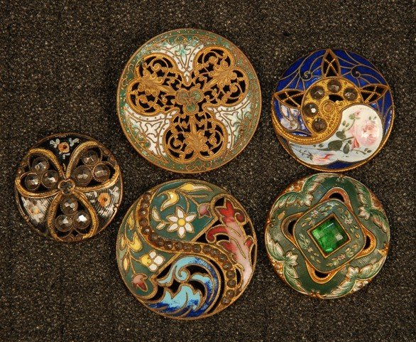 8: FIVE PIERCED and ENAMELED BRASS BUTTONS. Three mediu